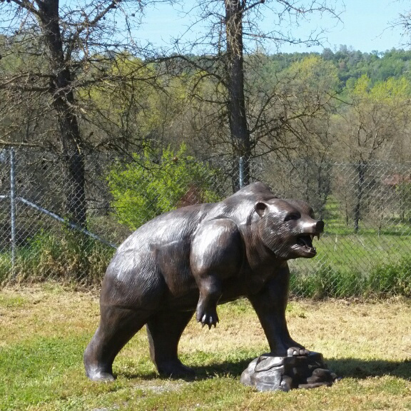 life size bronze outdoor bear statue for garden decor