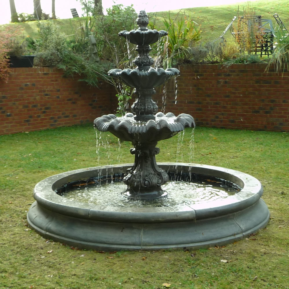 outdoor three tiers fountain